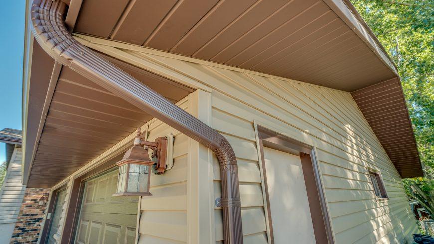 yanish-custom-exteriors-gutters-0017