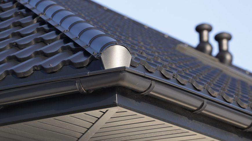 Yanish Custom Exteriors - Corner Roofing