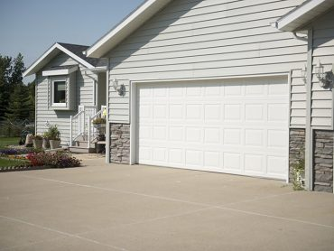 yanish-custom-exteriors-garage-door-176