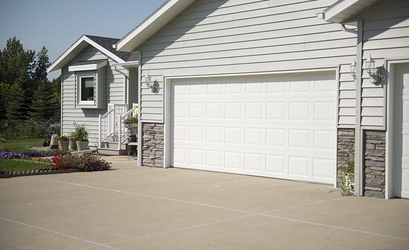 yanish-custom-exteriors-garage-door-176