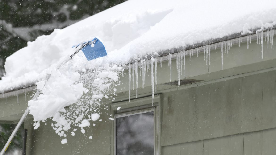 5 Tips for Safely Removing Snow From Your Roof